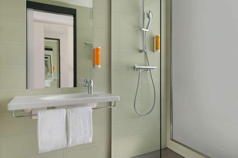 客房, 1 張標準雙人床, 無障礙, 非吸煙房 (Mobility) - 浴室
