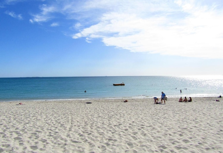 Daly View Bed & Breakfast, South Fremantle, Beach