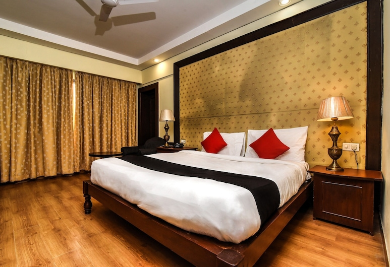 Utkarsh Vilas Tavisha, Agra, Club Room, Guest Room