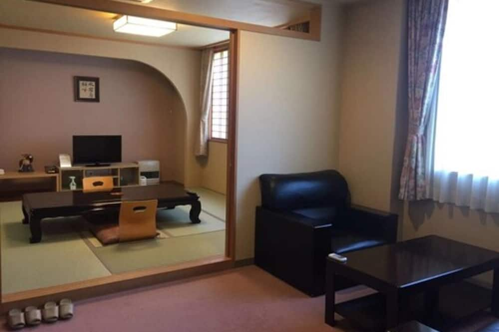 Chambre Tradition (Japanese Style, for 4 People, Living) - Restauration dans la chambre