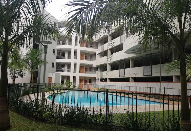 Apartment in the heart of Umhlanga, Umhlanga, Outdoor Pool