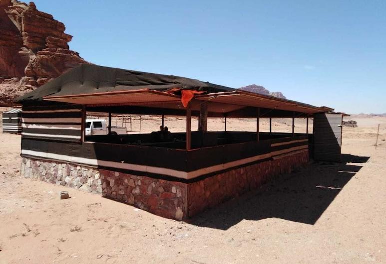 Bedouin Experience Camp, Wadi Rum, Outdoor Dining