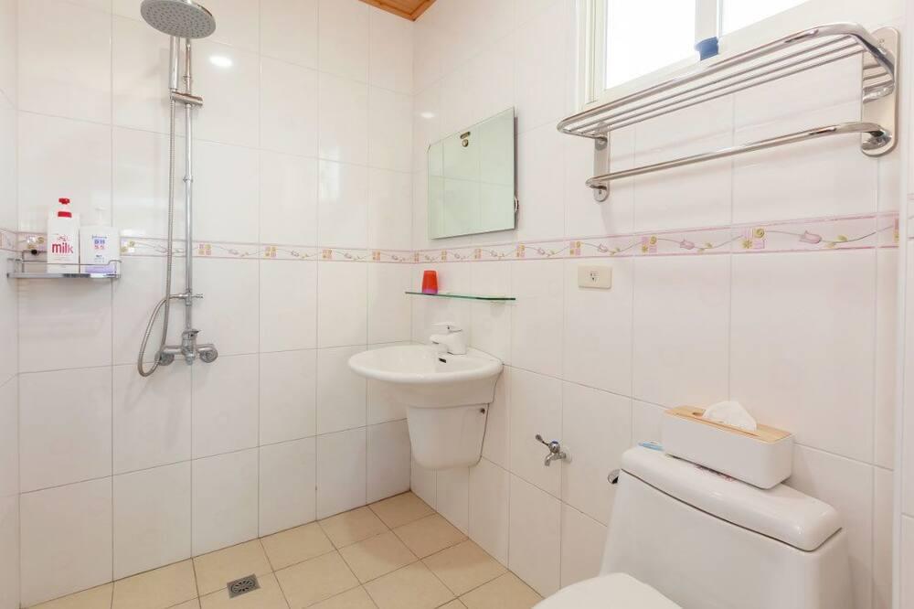 Double Room (301) - Bathroom