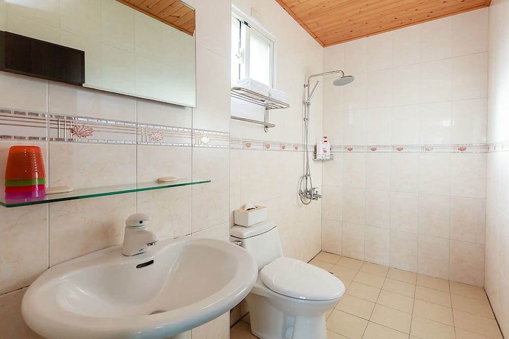 Quadruple Room (202) - Bathroom Shower