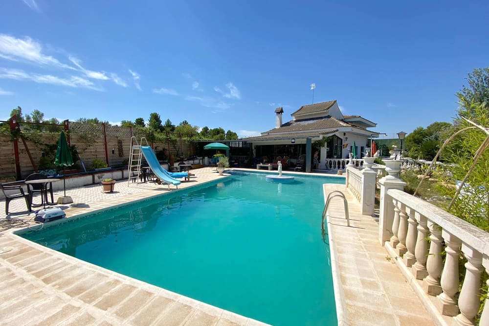 Villa With 2 Bedrooms in Turís, With Private Pool, Furnished Terrace and Wifi - 30 km From the Beach