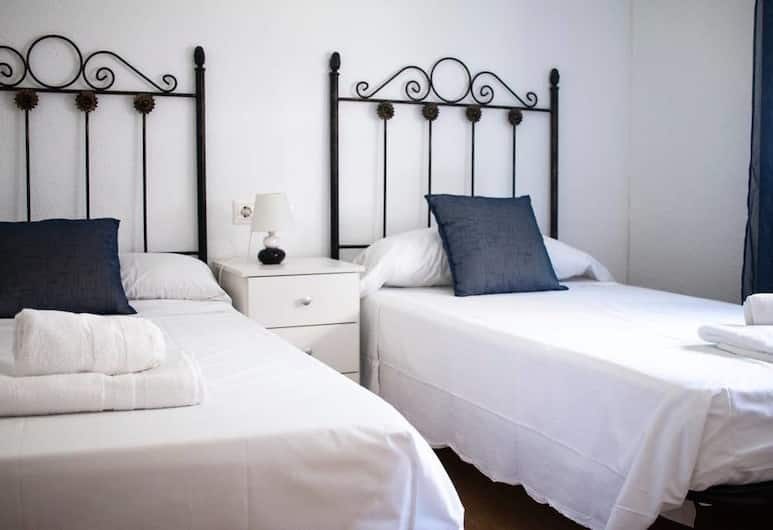 Comfortable Apartment Park Guell, Barcelona, Family Apartment, Room