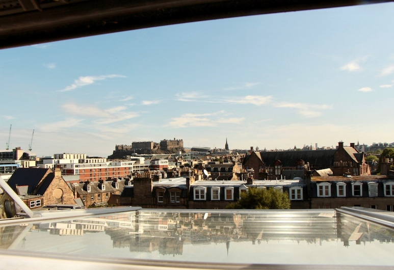 Homely 3 Bedroom Flat With Castle Views, Edinburgh, Zwembad