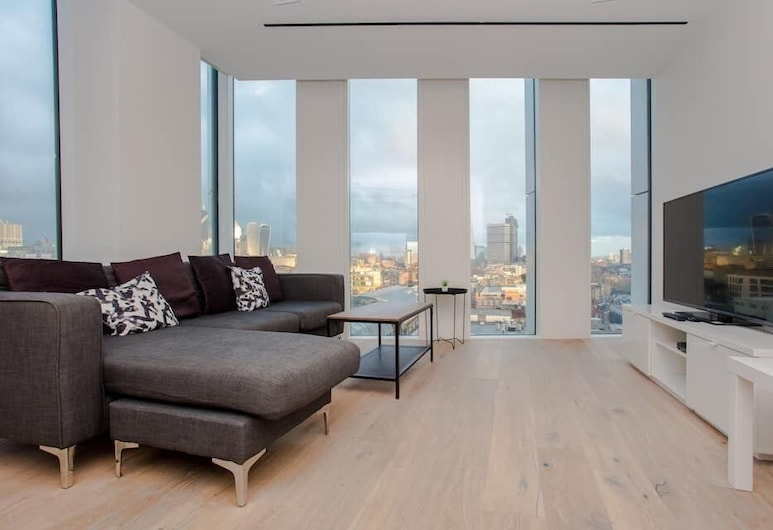 Modern 2 Bedroom Flat With a Stunning View, London, Apartment (2 Bedrooms), Wohnbereich