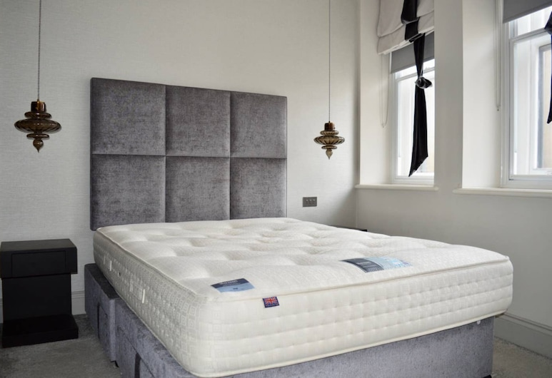 Modern 2 Bedroom Central Manchester Apartment, Manchester, Apartment (2 Bedrooms), Room