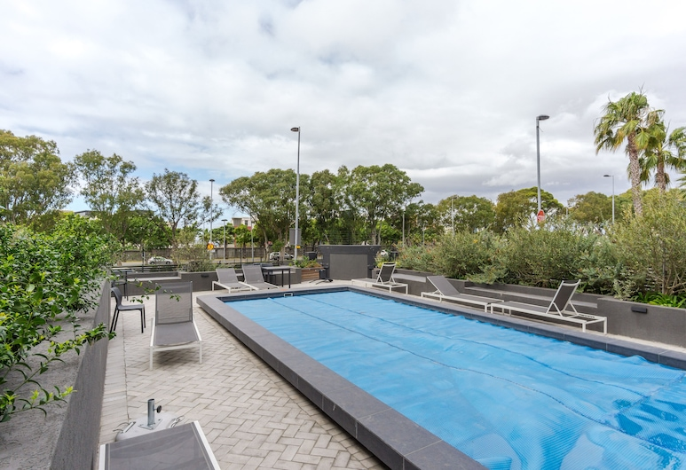 Warwick 401 - Adults Only, Cape Town, Pool