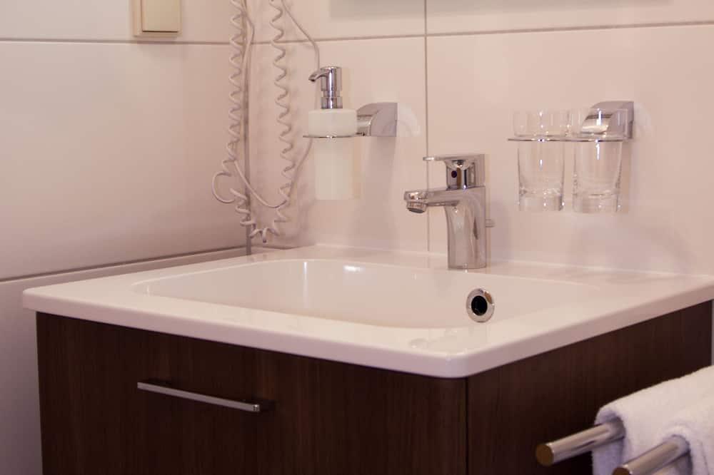 Comfort eenpersoonskamer - Badkamer