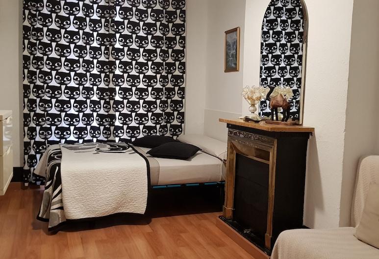 Hostal Loyola, Madrid, Doppelzimmer, Gemeinschaftsbad, Zimmer