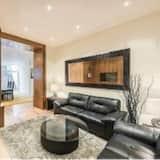 Three-Bedroom Lower Ground Floor Apt - Living Room