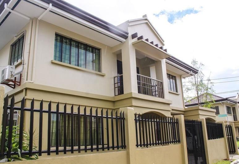 Titan Residence at Mactan Cebu, Lapu-Lapu, Hotel Front