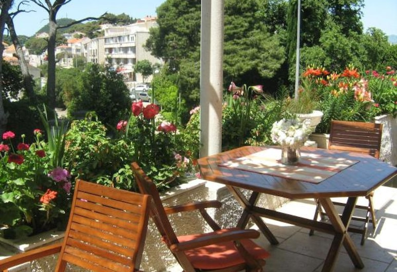 House Boninovo - Adults Only, Dubrovnik, Double Room, Patio, Garden View, Terrace/Patio