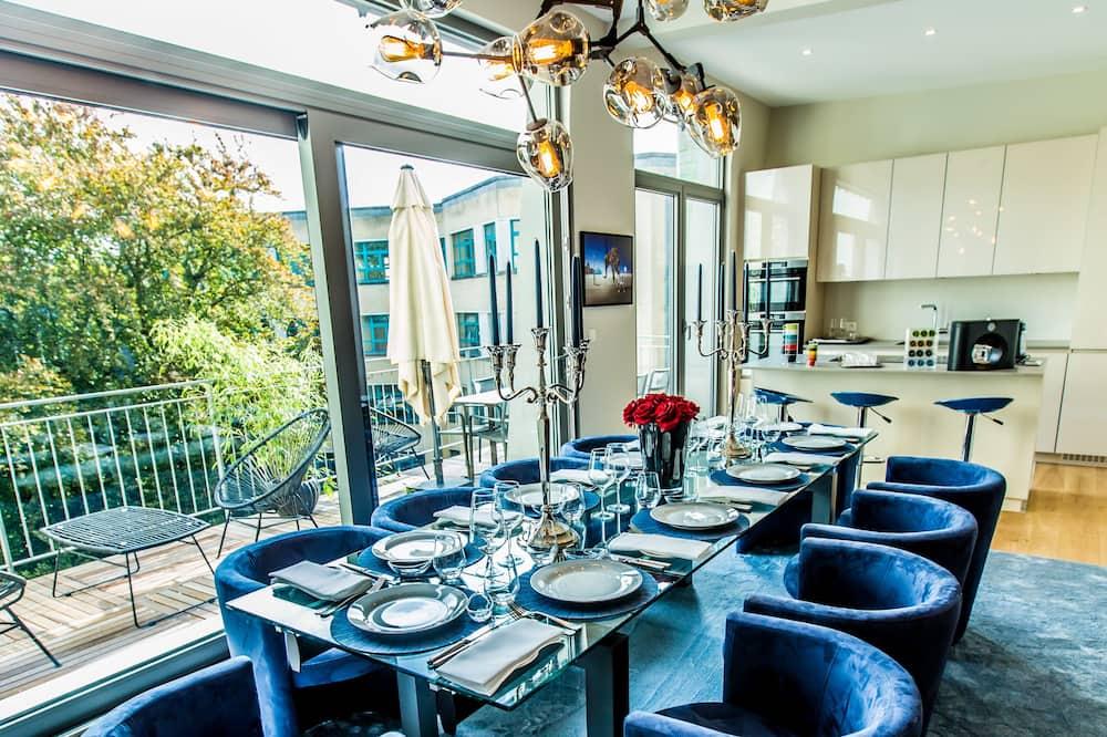 Penthouse de lujo - Servicio de comidas en la habitación