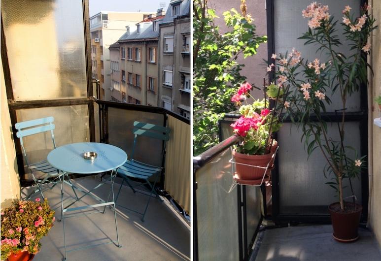Basco Central Apartment Cloud, Belgrad, Terrasse/Patio