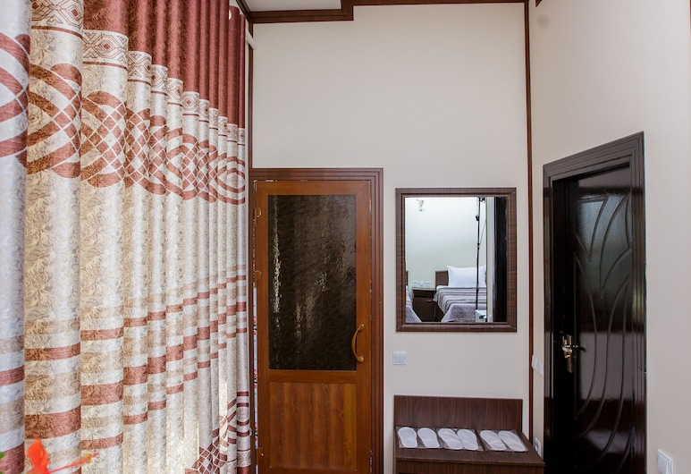 Xurshidabonu Guest House, Khiva, Standard Triple Room, Guest Room