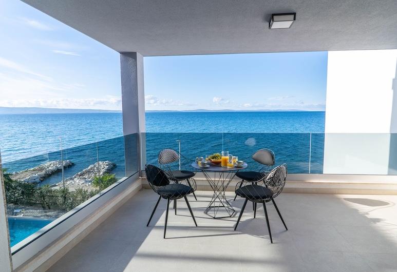 VIPo Prestige Apartments, Podstrana, Luxury külaliskorter, 2 magamistoaga, vaade merele, rannaäärne asukoht, Terrass