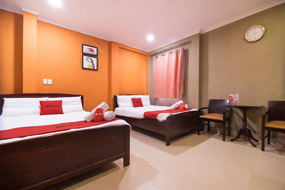 Family Room - Guest Room