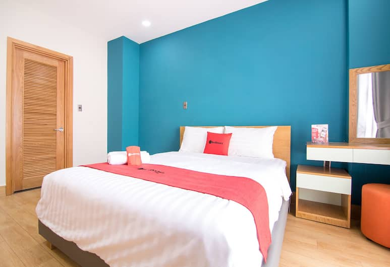 RedDoorz Plus near Cau Ong Lanh, Ho Chi Minh City, Deluxe Room, Guest Room