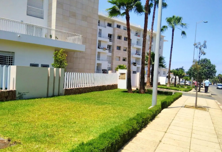 Apartment With 2 Bedrooms in Temara, With Enclosed Garden and Wifi, Темара