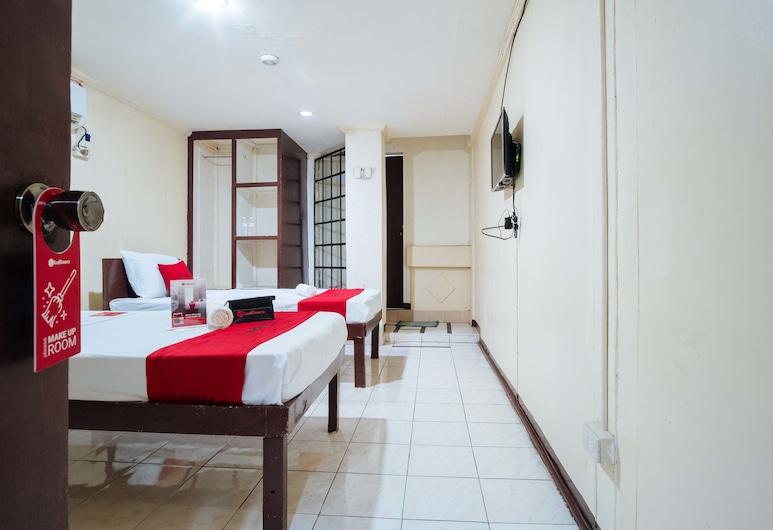 RedDoorz @ Downtown Bacolod, Bacolod, Twin Room, Guest Room