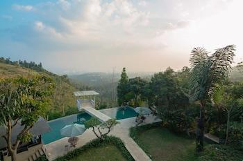 Picture of RedDoorz Resort @ Lembang 2 in Lembang