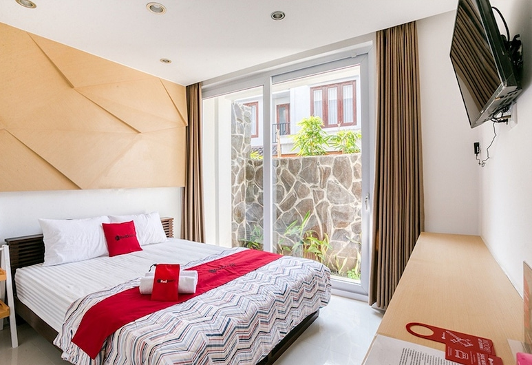 RedDoorz near Universitas Islam Indonesia, Ngaglik, Double Room, Guest Room