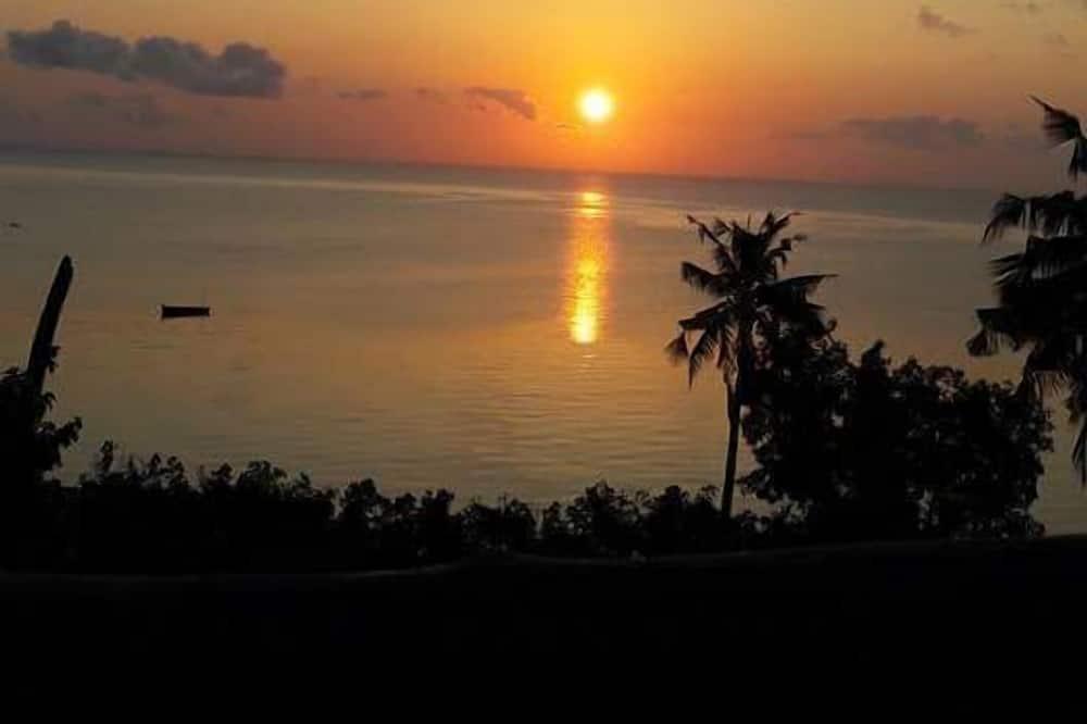 Liukso klasės poilsio namelis - Vaizdas į paplūdimį / vandenyną
