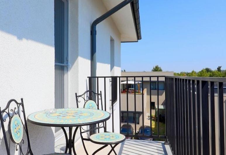 春天住宅飯店, 奥托佩尼, 舒適公寓, 陽台