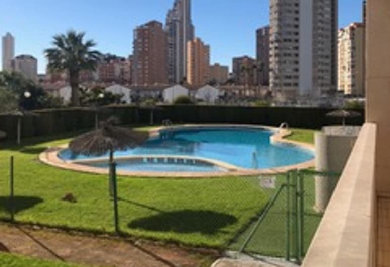 Apartment With 2 Bedrooms in Benidorm, With Pool Access, Enclosed Garden and Wifi - 500 m From the Beach, Benidorm, Pool