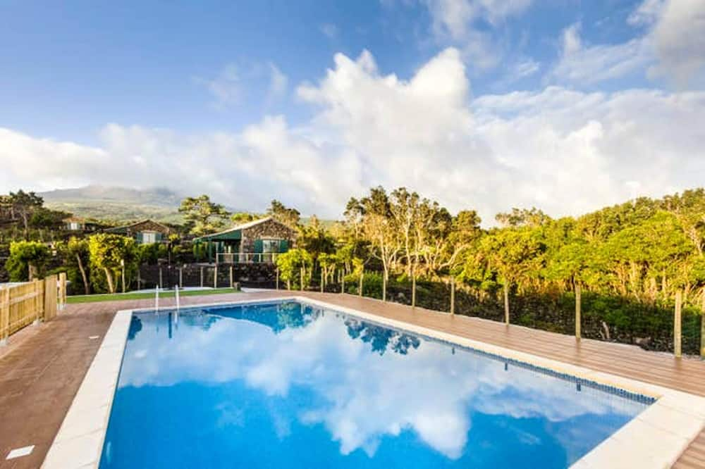 Property With one Bedroom in Lajido, With Wonderful sea View, Shared Pool, Enclosed Garden