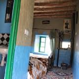 Traditional Triple Room - Private spa tub