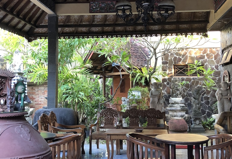 Agung and Sue Watering Hole I, Denpasar, Terrace/Patio