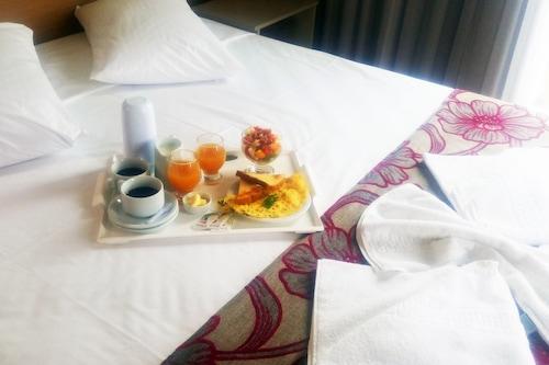 哈波旅馆酒店/