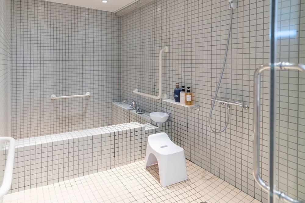 Bilik mandi berkongsi
