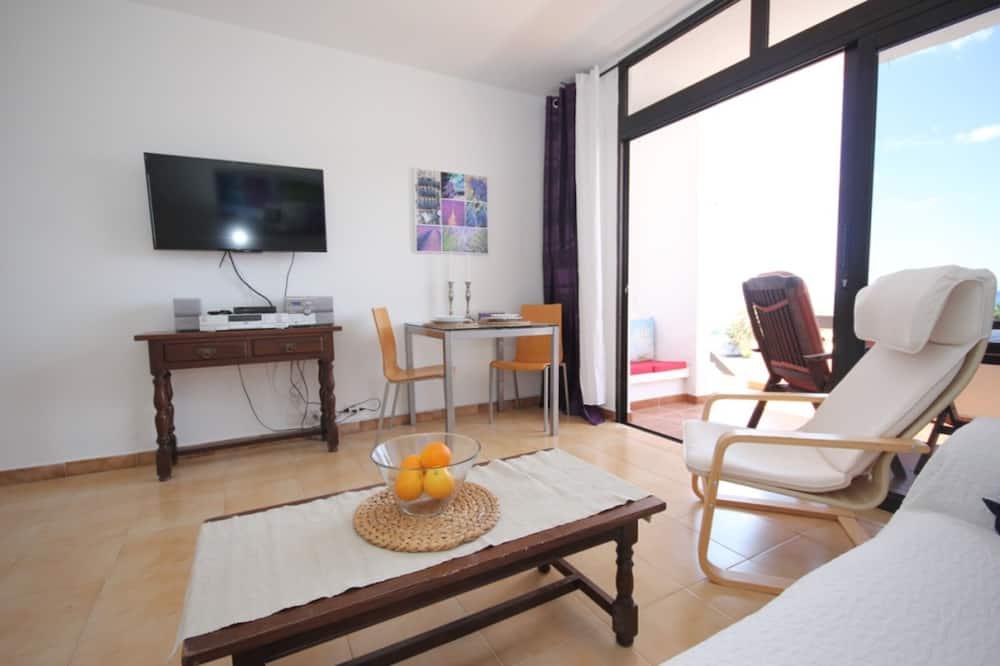 Apartment, 2 Bedrooms, Balcony, Sea View - Living Area