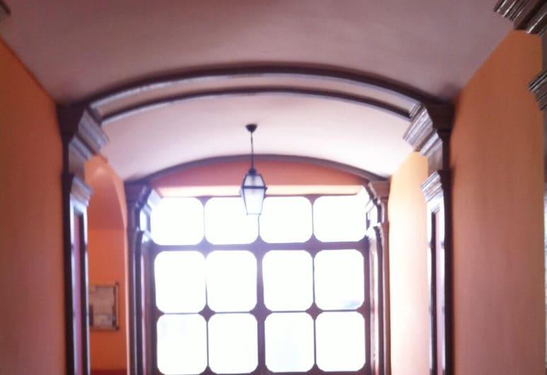 Dora, Turin, Interior Entrance