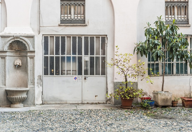 La Mole, Turin, Courtyard