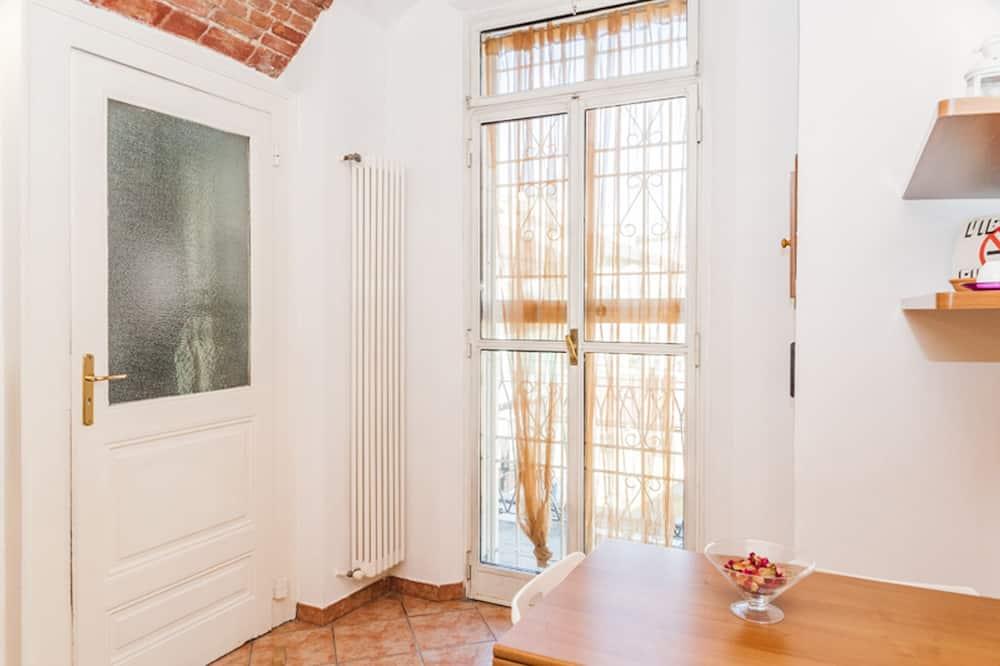 Apartman, 1 spavaća soba, pogled na grad - Obroci u sobi