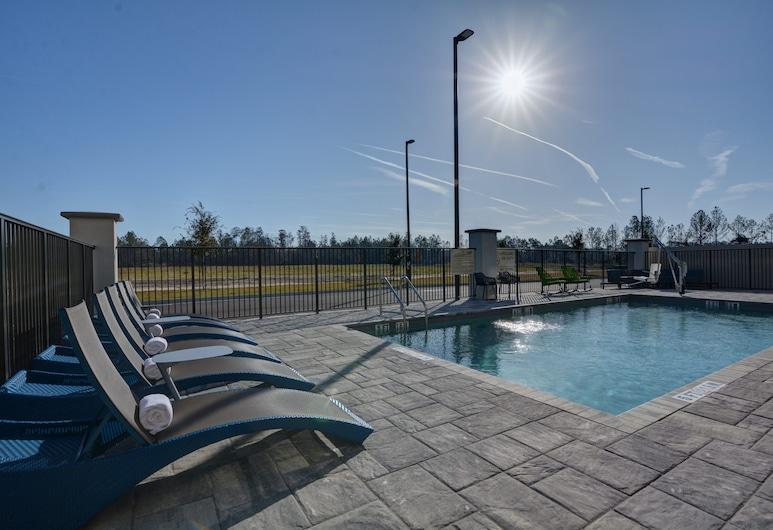 Hampton Inn & Suites Middleburg, מידלבורג, בריכה