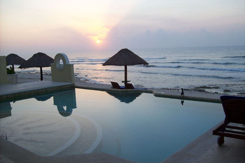 Caribbean Getaway Where You Can Have Your Own Private Villa, Pool and Beach!, Tulum