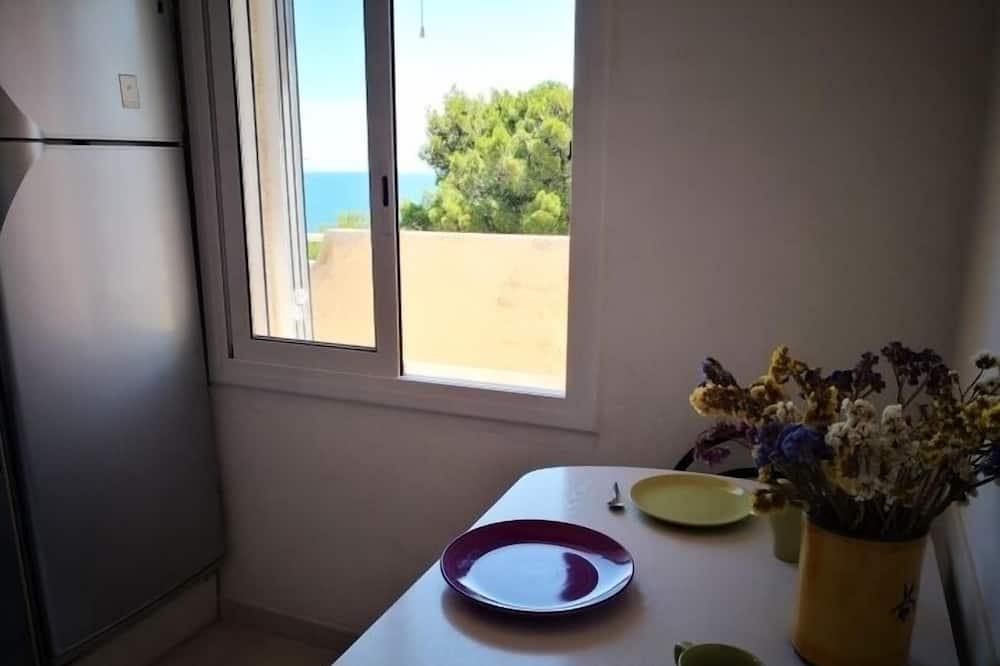 Apartmán, 2 spálne, terasa, výhľad na more - Stravovanie v izbe