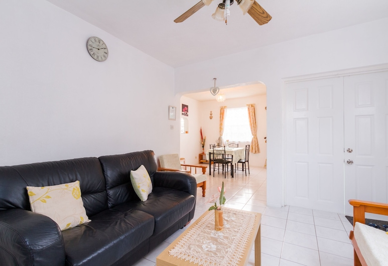 Marranton Breeze Apartment Apartment (1), Worthing, Living Room