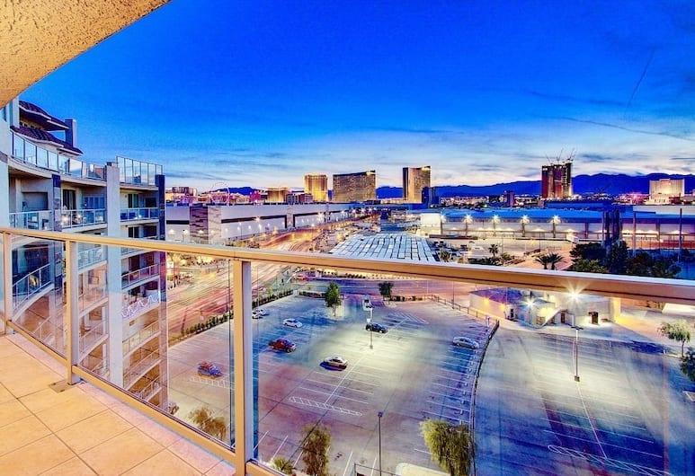 ABZ Convention Center Condos, Las Vegas, Standard Condo, 1 Bedroom, Mountain View, View from room