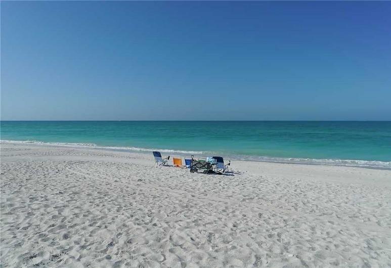 Anna Maria Beach Resort Rm 115, הולמס ביץ', סוויטה, חדר שינה אחד, חוף ים