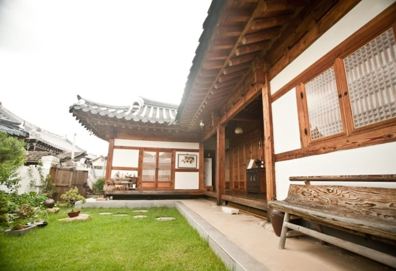 Majungheon, Jeonju, Hotel Front
