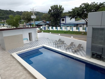 Picture of Chequers Suite in Olongapo