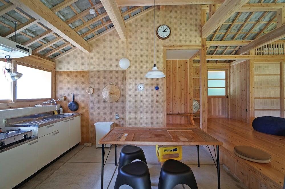 Talo (Private Vacation Home) - Ruokailu omassa huoneessa